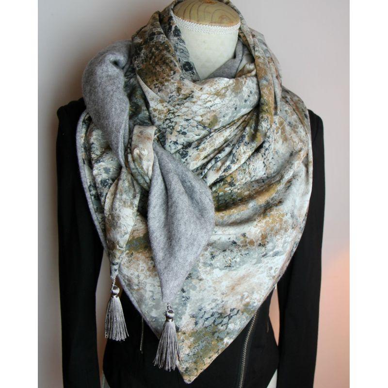 Kit foulard triangle serpent gris
