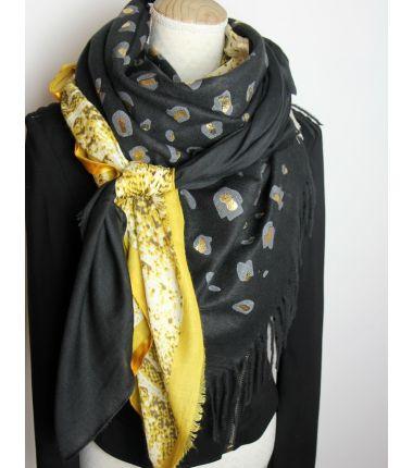 Kit grote vierkante sjaal 13