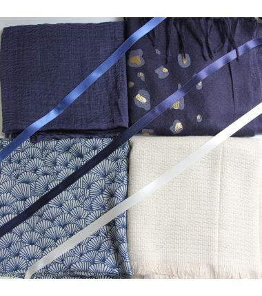 Kit grote vierkante sjaal 11