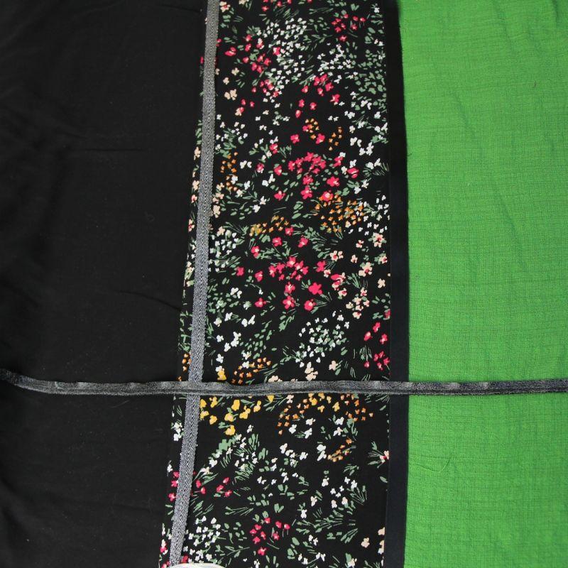 Kit foulard triangle Jeanne noir et gazon